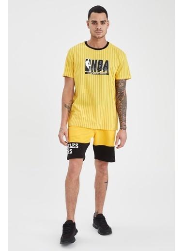 DeFacto Regular Fit NBA Lisanslı Bisiklet Yaka T-shirt Sarı